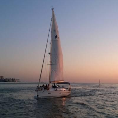 Bavaria 36 Cruiser for charter