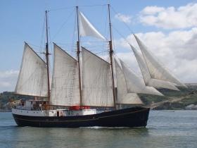 Yacht à voile classique