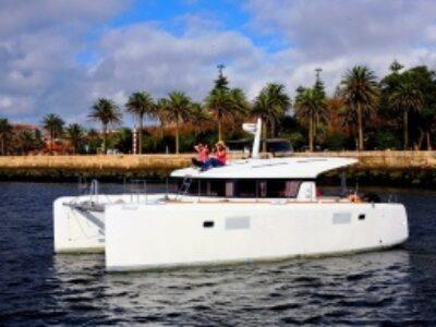 Lagoon 39 for charter in Porto