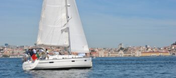 Bavaria 36 Cruiser for charter in Portugal