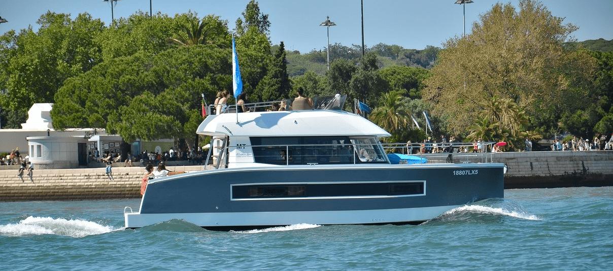 Motor Catamaran for charter