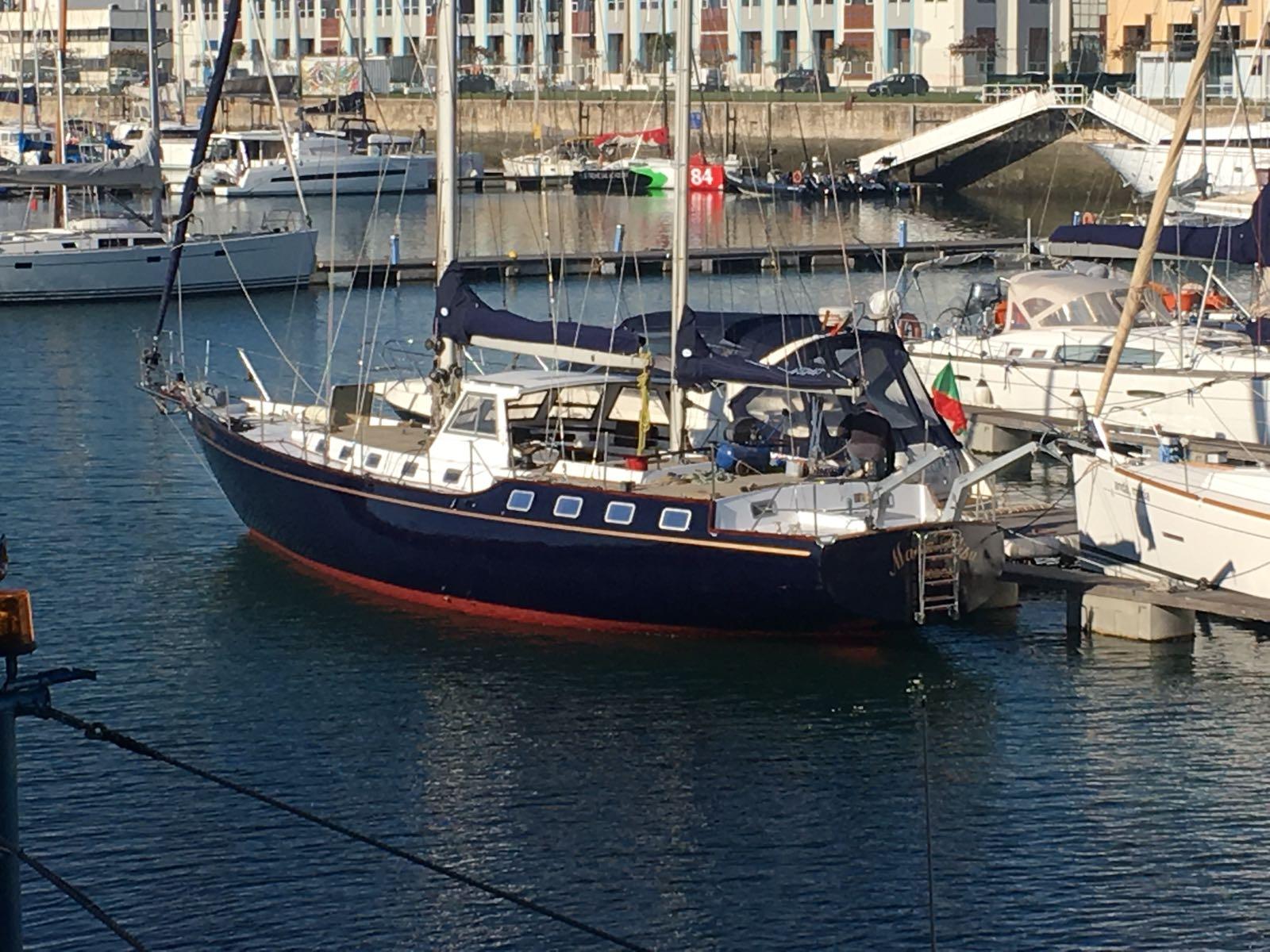 Sailing cruise in Lisbon